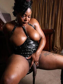 pretty ebony tranny pictures
