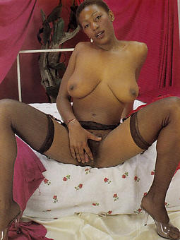 vintage ebony boobs stripping